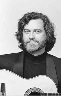 Im Porträt: Bernd Ahlert - Gitarre als ganzheitliches Prinzip