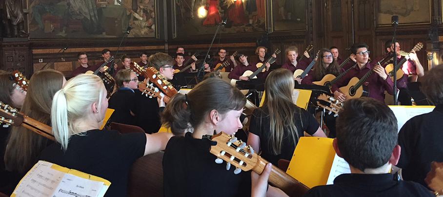 Gitarrenorchester der Musikschule Erfurt meets JGOH